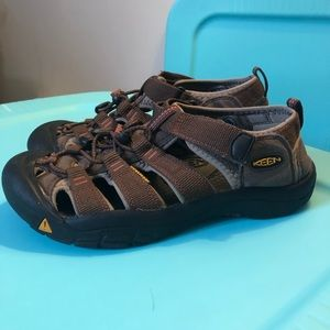 KEEN Newport H2 Water Sport Sandal Size 5